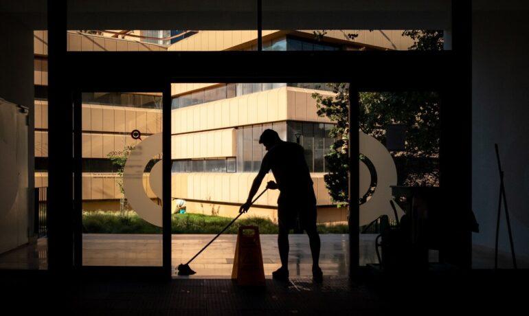 Firma sprzątająca: jak pozyskać klientów?